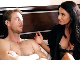 Lengthy Haired Matures Cougar Silvia Saige Gets Seduced Into A Gonzo Fuck