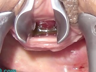 Matures Wifey Masturbate Peehole With Brush And Chain Into Urethra