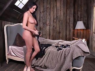 Bouncing On A Lengthy Shaft Makes Anissa Kate Reach An Orgasm
