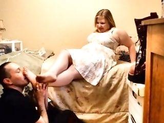 Tsm - Krystal Has Her Bbw Feet Worshiped