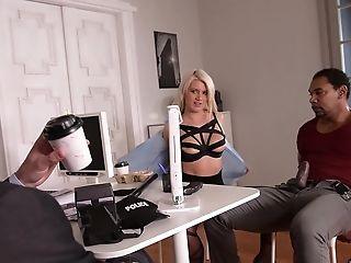Laela Pryce Loves A Threesome With Her Manager And A Stranger In The Office