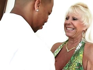 Matures Voracious Blonde Lady Sneaks Someone Else's Groom For Interracial Fucky-fucky