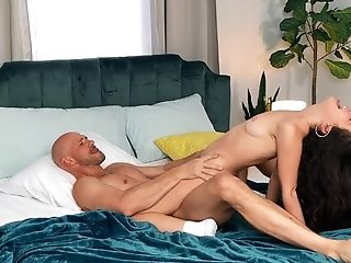 Lithe Dark-haired Jane Wilde Opens Her Gams For A Large Dick