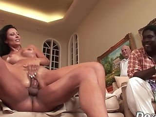 Wifey Zoey Holloway Cuckolds Black Hubby