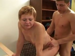 Horny Stunner Plows Her Honeypot With A Fucktoy Before Being Drilled Hard