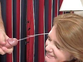 Powerful Cum-shot On A Teenage Stunner's Face