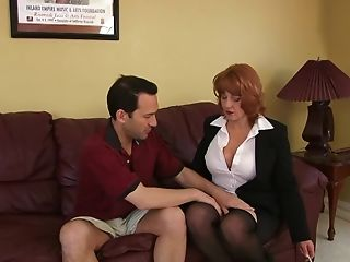 Gonzo Fucking On The Leather Sofa With A Matures Sex Industry Star