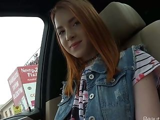 Lusty Park Gal With Chestnut Hair Brianna Gives A Good Fellatio In The Car
