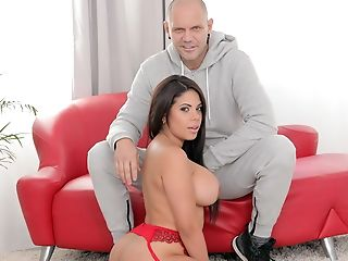 Fucking Curvy Latina Cunt/tits/bj Lips